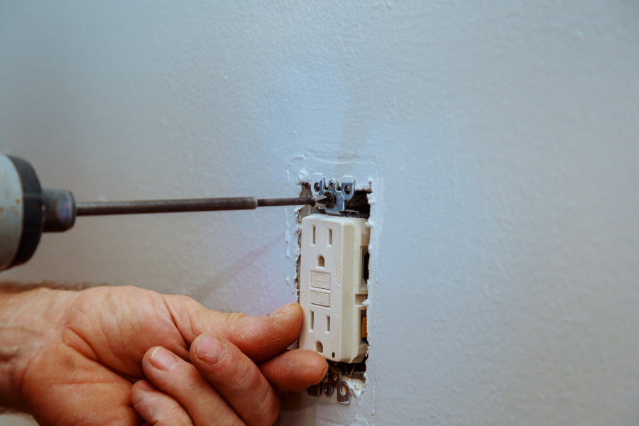 Why your light switch is not working